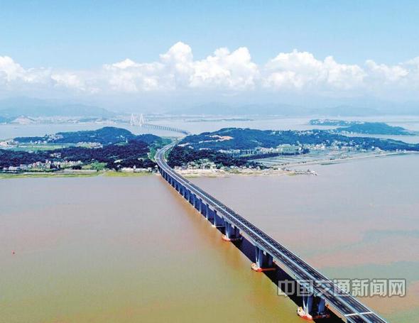 乐清湾大桥9月28日通车.jpg